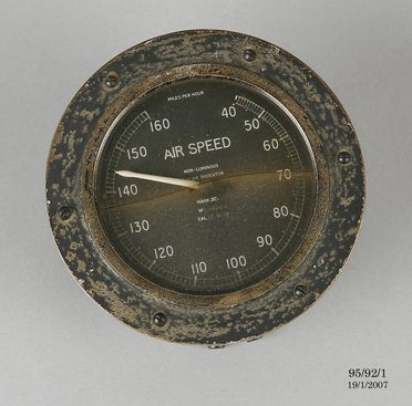95/92/1 Airspeed indicator from the 'Southern Cross', metal / glass, made by the British Wright Co Ltd, London, England, 1925-1928