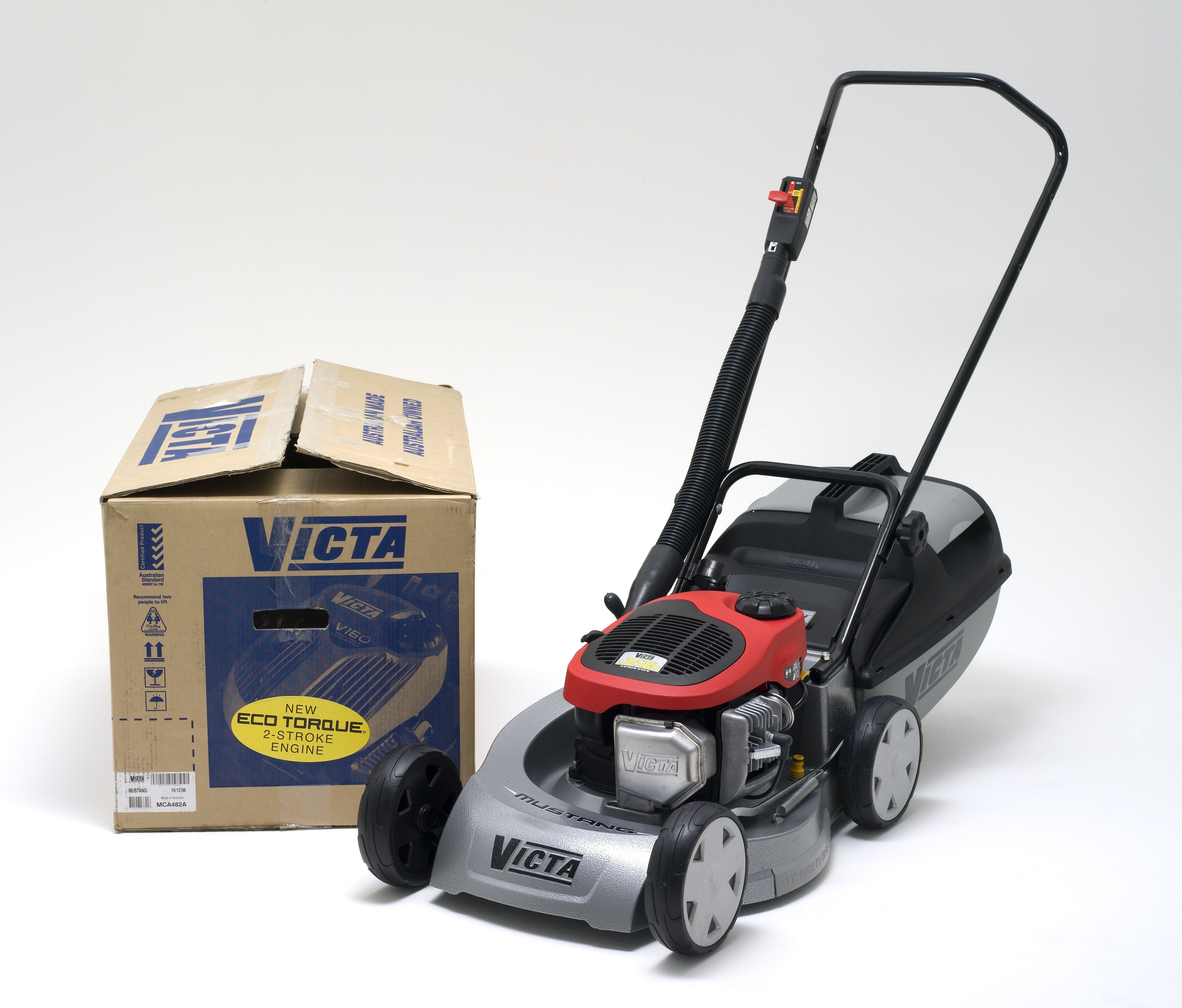 Victa Mustang lawnmower with Eco Torque engine - MAAS Collection