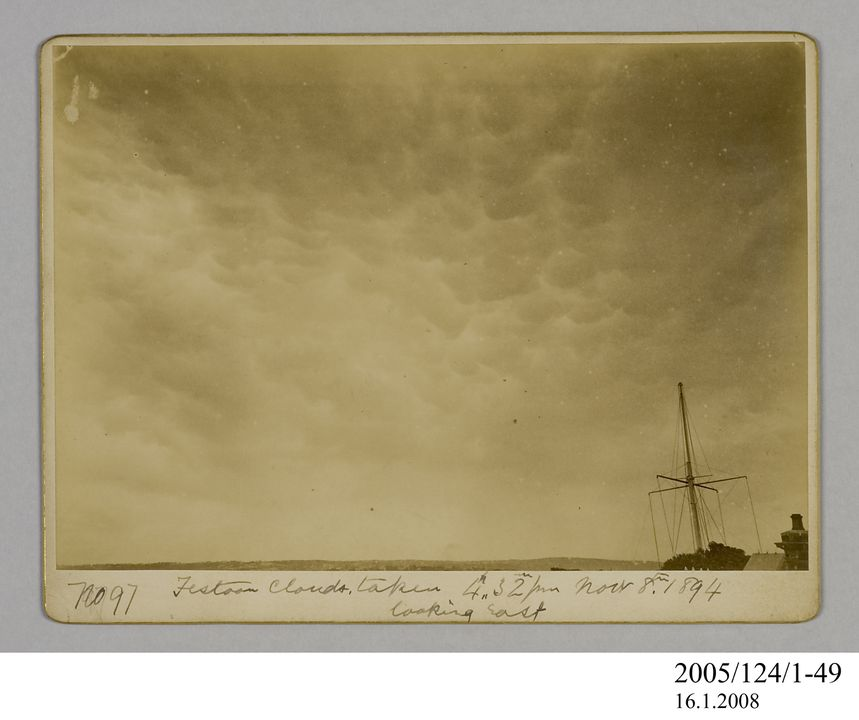 2005/124/1-49 Photograph, part of collection owned by James Short, black and white, festoon clouds looking east, mounted, card / paper, photographer unknown, Sydney, New South Wales, Australia, 8 November 1894. Click to enlarge.