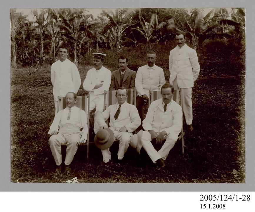2005/124/1-28 Photograph, part of collection owned by James Short, black and white, 'James Short in group photo with Johnson, Worthington and others in Tahiti', paper, photographer unknown, Tahiti, 1908. Click to enlarge.
