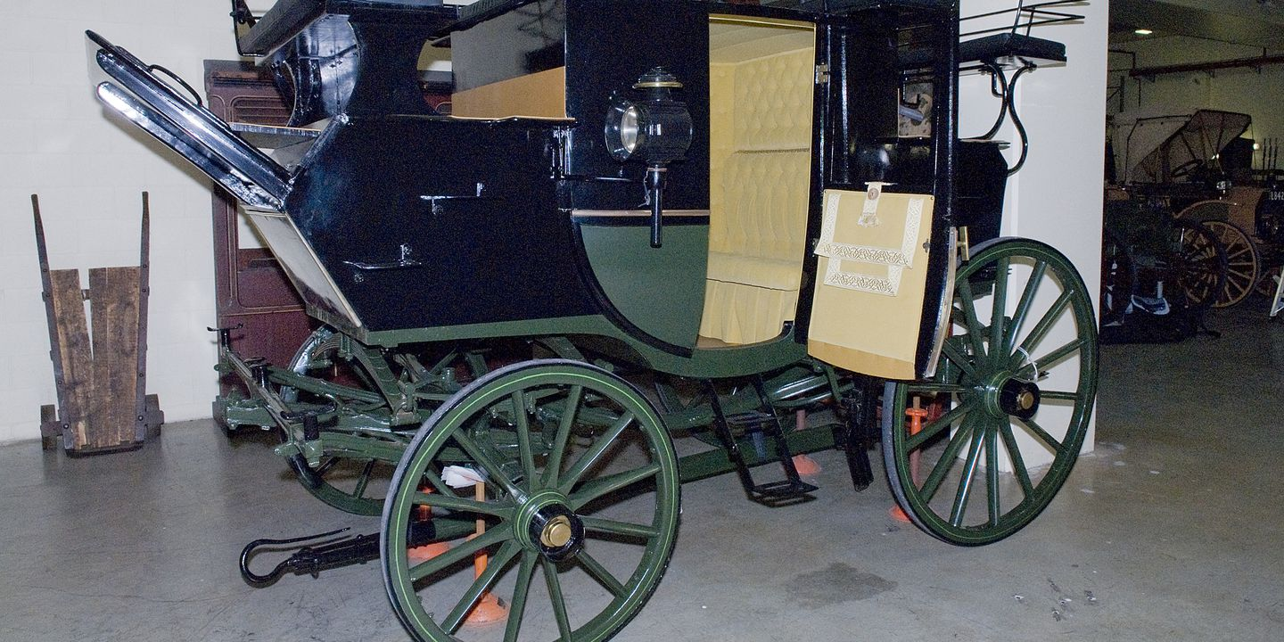 2009/28/1 Horsedrawn vehicle, full size, coach, park drag, timber / metal / cotton fabric, made by Vial & Sons, Sydney, New South Wales, Australia, probably 1886. Click to enlarge.
