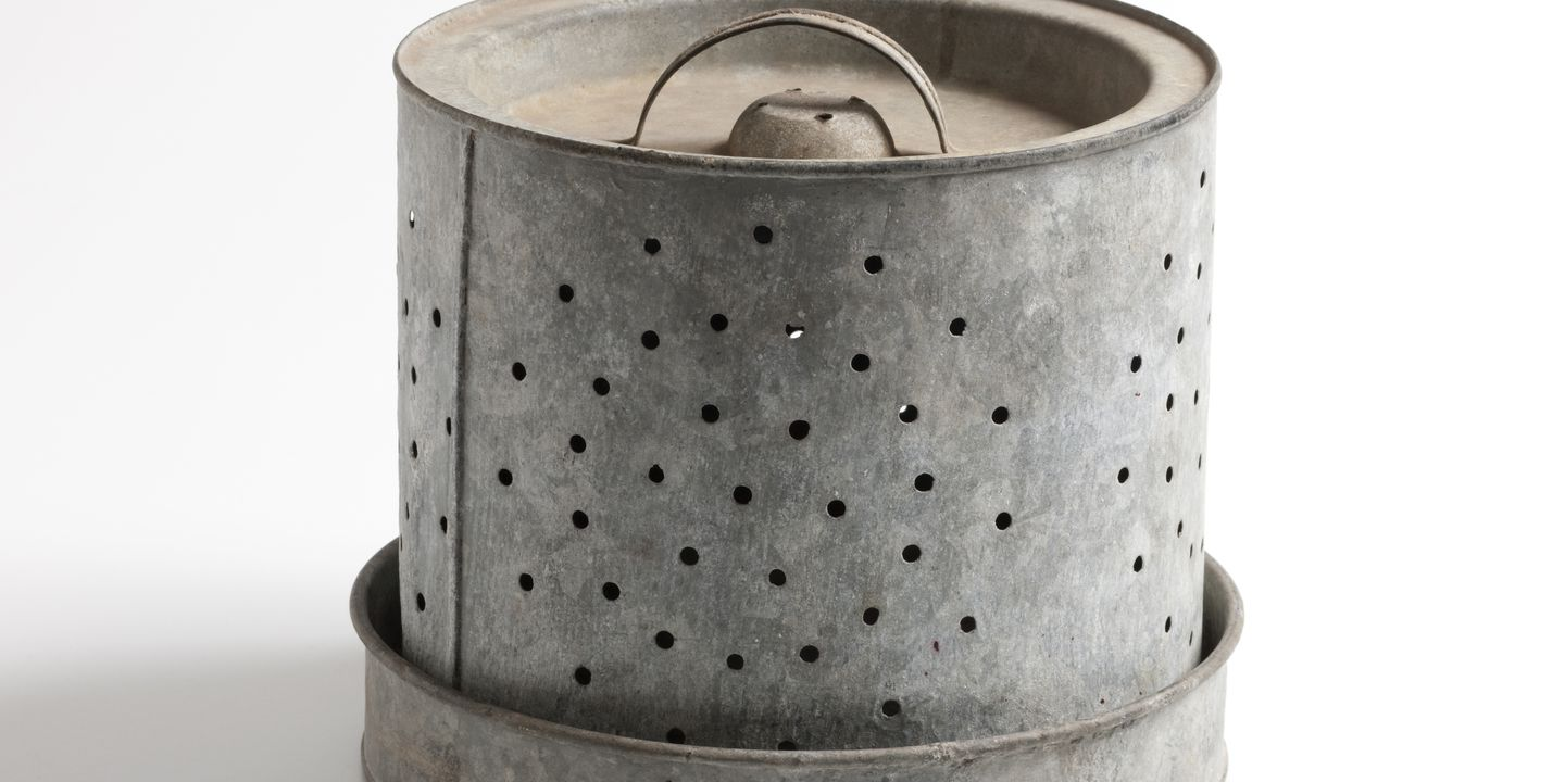 K887 Butter cooler, galvanised metal, made by Willow, Melbourne, Victoria, Australia, 1930s. Click to enlarge.