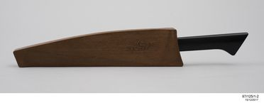 97/125/1 Knife and scabbard, Wiltshire Staysharp MKI, metal / plastic, designed by Stuart Devlin, made by Wiltshire Cutlery Company, Melbourne, Victoria, Australia, 1969