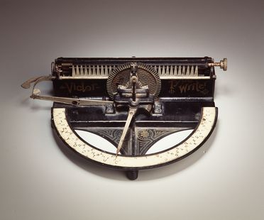 97/253/1 Typewriter, Victor 'A', metal / rubber / plastic, Tilton Manufacturing Company, Boston, Massachusetts, United States of America, 1889-1894