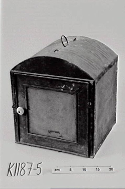 Meat safe, tinplate, Forbes, New South Wales, circa 1915