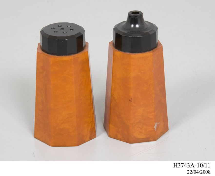 H3743A-11 Salt shaker, part of collection, 'Nally Ware', phenol formaldehyde, made by Nally Ltd, Glebe, New South Wales, Australia, 1934. Click to enlarge.