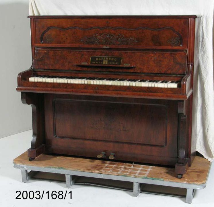 2003/168/1 Upright Piano, 'Hapsburg', timber / metal, made for Beale & Company, [Germany / Australia], 1882-1902.. Click to enlarge.