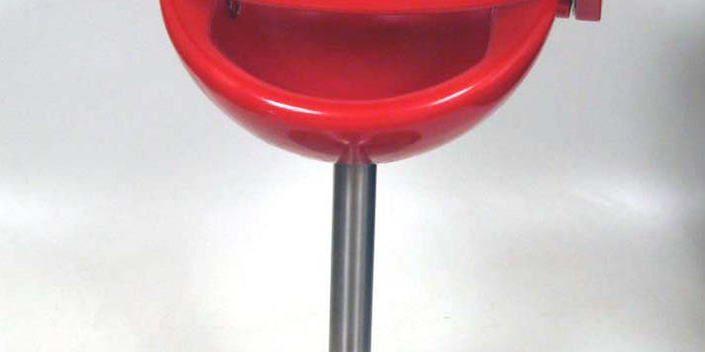 2005/185/1 High chair and prototype pieces (4), 'Nest' plastic / metal, designed by Sally Dominguez, Bug Design, Sydney, New South Wales, Australia, 2002, made by Bug Design, Sydney, New South Wales, Australia and Mozzee Design, United Kingdom, 2002-2004. Click to enlarge.