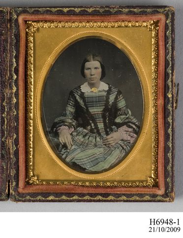 H6948 Ambrotypes in cases (3), tinted portraits of Mrs C A Ross, Mr Urquhart and Mrs Urquhart, glass / metal / leather / textile, photographer unknown, 1850-1880