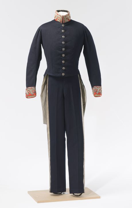 H7996 Uniform, consisting of tailcoat and trousers, wool, worn by Sir Edward Deas Thomson, Colonial Secretary of New South Wales, Sydney, New South Wales, Australia, maker and place unknown, c. 1837. Click to enlarge.