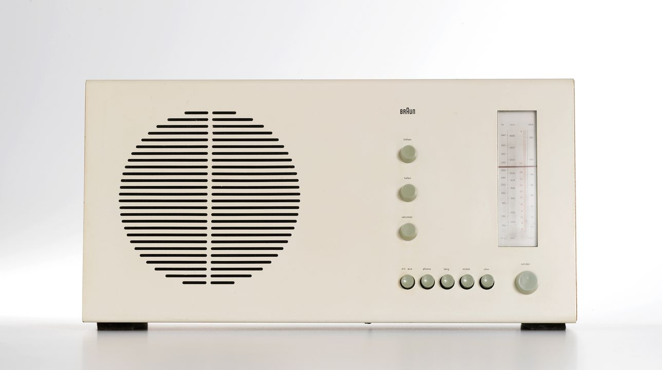 2013/127/1 Radio, RT20, steel / timber / electronic components / plastic, designed by Dieter Rams, made by Braun, West Germany, 1963. Click to enlarge.