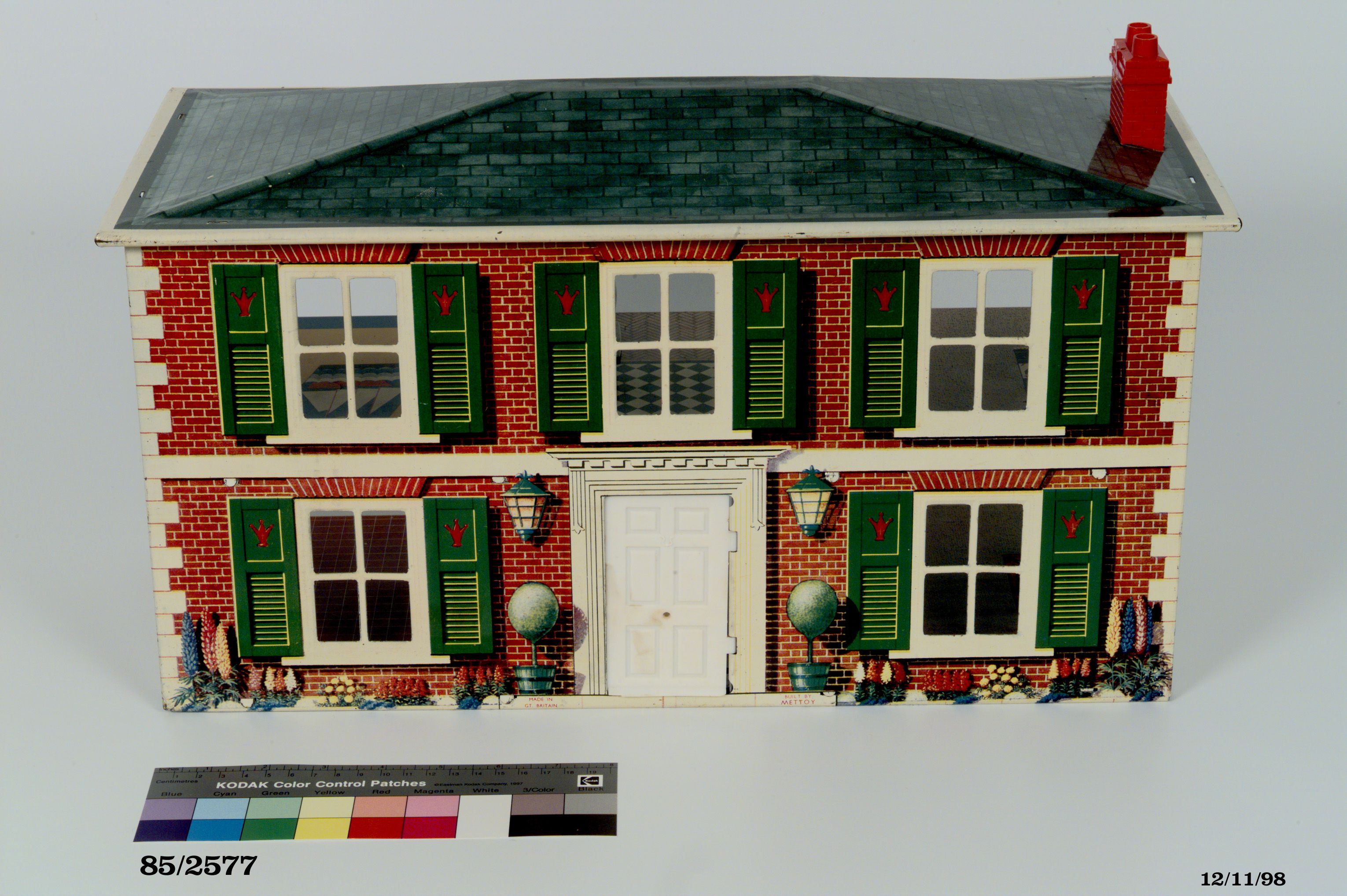 Mettoy Tinplate Doll S House England 1954 1965 Maas Collection