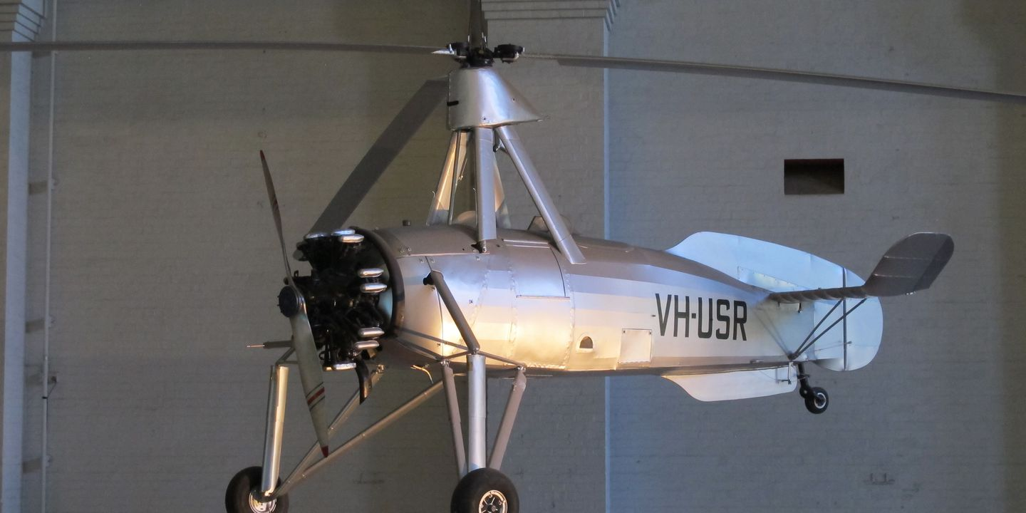 B2361 Aircraft, full-size, Autogiro, Cierva C.30A, VH-USR, timber/steel/fabric, built under licence from Cierva Autogiro Company by A.V. Roe & Co. Ltd., (Avro), Newton Heath, Manchester, England, 1934, owned in Australia by Andrew Thyne Reid. Click to enlarge.