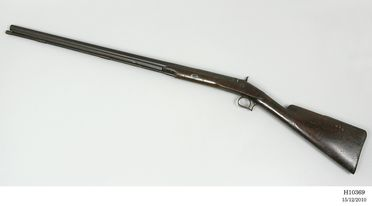 H10369 Shotgun, percussion, single-barrel, calibre 2.0 cm at muzzle, muzzel loading, with ramrod, [May have belonged to W C Wentworth or his brother in law William Cox], unknown maker, unknown place of manufacture, about 1830-1850