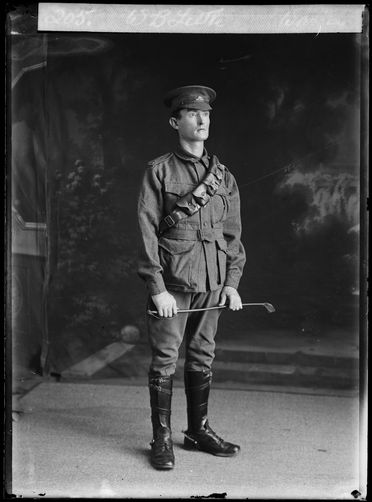 85/1286-1146 Photographic negative, studio portrait of William Bradford Little, World War One, Gunner, 1 Field Artillery Brigade (15th Reinforcements), glass / silver / gelatin, The Warren, Marrickville, Sydney, New South Wales, March-April 1916