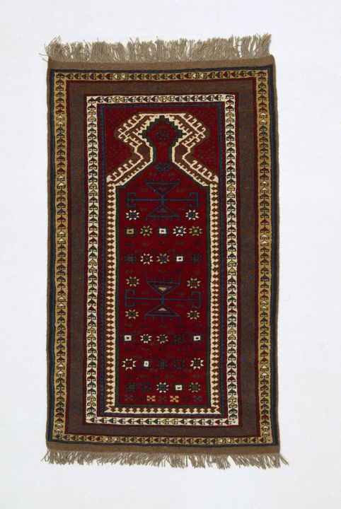 A10350 Prayer rug, wool / knotted pile, traditional Turkish Yürük design, woven by Döne Solak, Sydney, New South Wales, Australia, 1984. Click to enlarge.