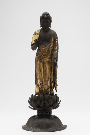 A2892 Figure, Buddha on lotus base, wood / lacquer, maker unknown, Japan, date unknown