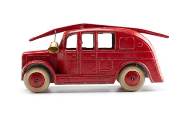 2008/158/1-4 Toy car (1 of 6), part of collection, 'Streamlined Fire Engine (25h)', metal, Meccano Ltd, Liverpool, England, 1934-1940, used Wyatt family, Hobart, Tasmania / Roseville, New South Wales, Australia, 1935-1942