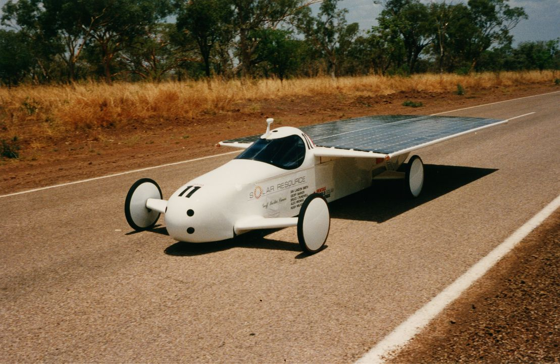 90/813 Automobile, full size, solar powered, 'Solar Resource', designed and built by Ian Landon Smith, Wahroonga, New South Wales, Australia, 1986-1987. Click to enlarge.