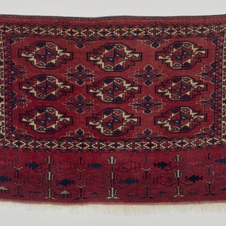 2015/26/15 Storage bag (juval) face, symmetrically knotted, wool, made by Yomut Turkmen woman, Turkmenistan, mid 1800s