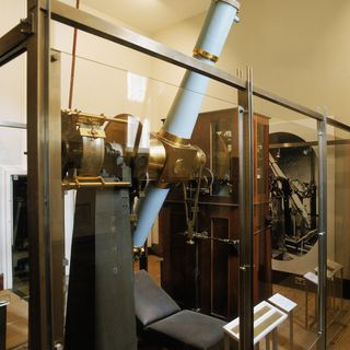 H9899 Telescope, 6 inch refracting transit telescope, brass / glass / wood, made by Troughton and Simms, London, 1875-1877, used at Sydney Observatory, Sydney, New South Wales, Australia