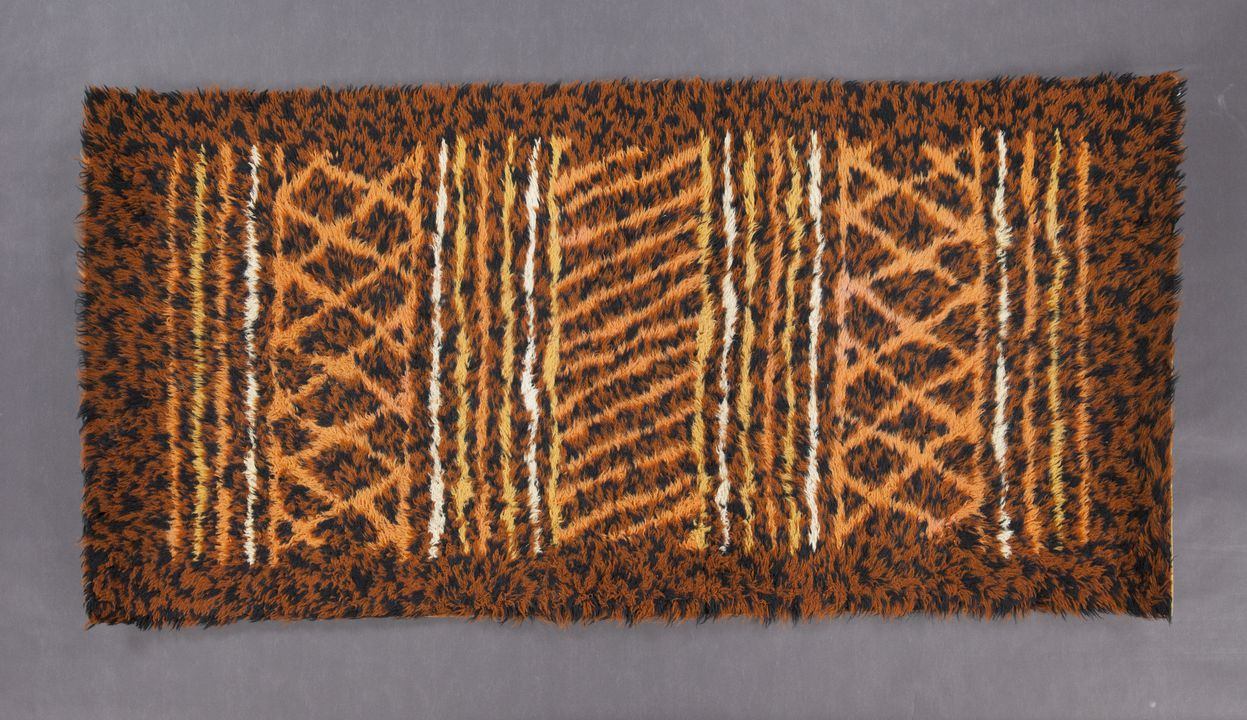 Rug Wool Knotted Aboriginal Inspired Geometric Design