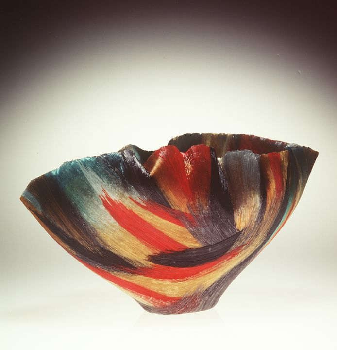 96/16/1 Bowl, 'Devilish chaos', glass, Toots Zynsky, Amsterdam, The Netherlands, 1995. Click to enlarge.