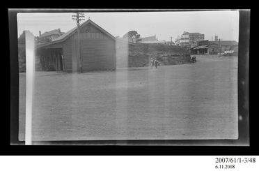 2007/61/1-3/48 Negative, black and white, view of Crown Hotel from Wollongong train station, Wollongong, New South Wales, Australia, c.1927