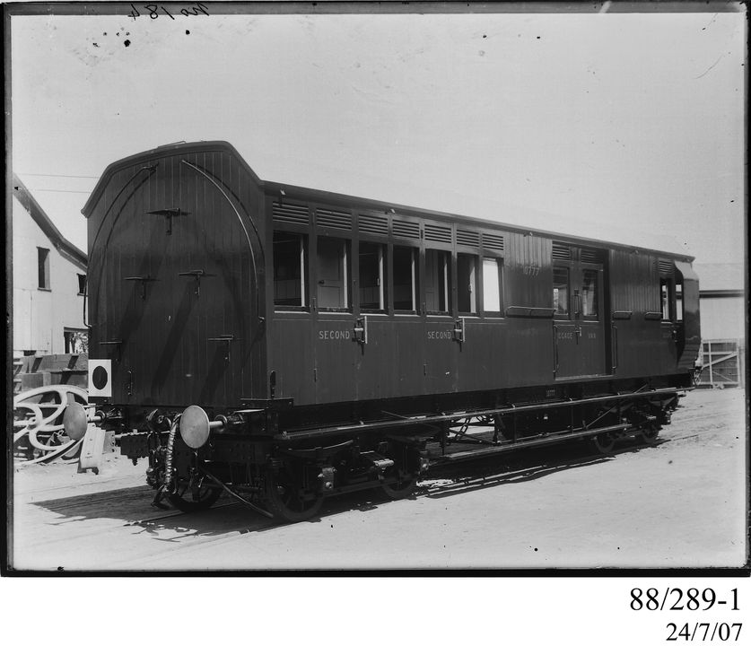 88/289-1 Photographic glass plate negative, depicting the standard gauge, bogie, goods train brake van with second-class passenger and luggage compartments, Code HB, No. 10777, photograph by Clyde Engineering Co. Ltd, Granville, New South Wales, Australia, 1899. Click to enlarge.
