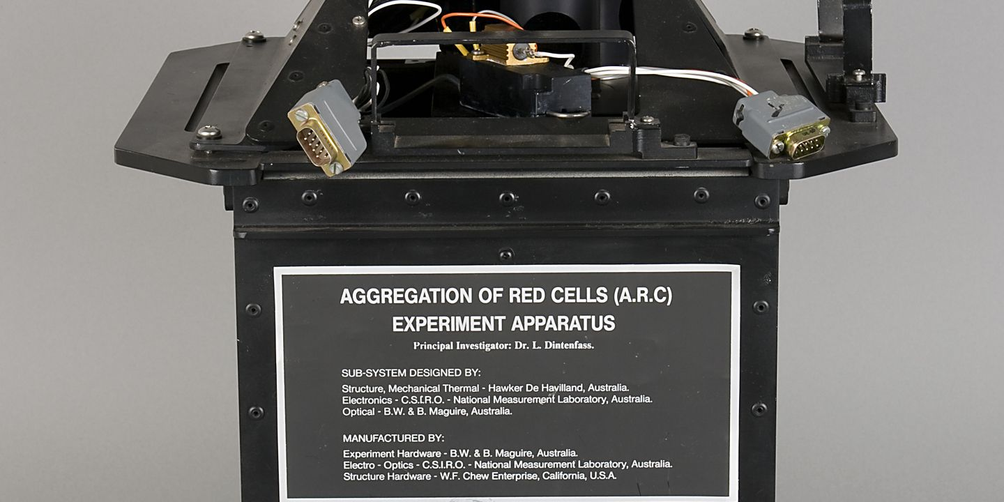 92/341 Experimental apparatus, Aggregation of Red Cells, Space Shuttle experiment, Australia/United States of America/Japan, 1984. Click to enlarge.