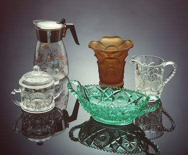85/384 Glass collection (491 parts), Crown Crystal Glass and Crown Corning Ltd and others, 1920-1988