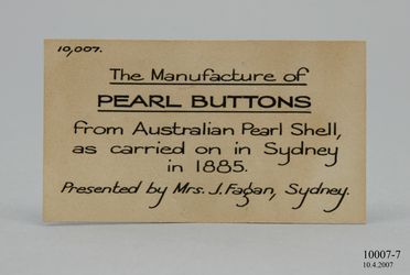 10007-7 Didactic display label, pearl shell label, paper, maker unknown, Sydney, Australia, 1875-1885