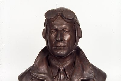 A4257-1 Bust, Sir Charles Kingsford Smith, plaster / bronze, made by Thelma Dahle, Australia, 1934