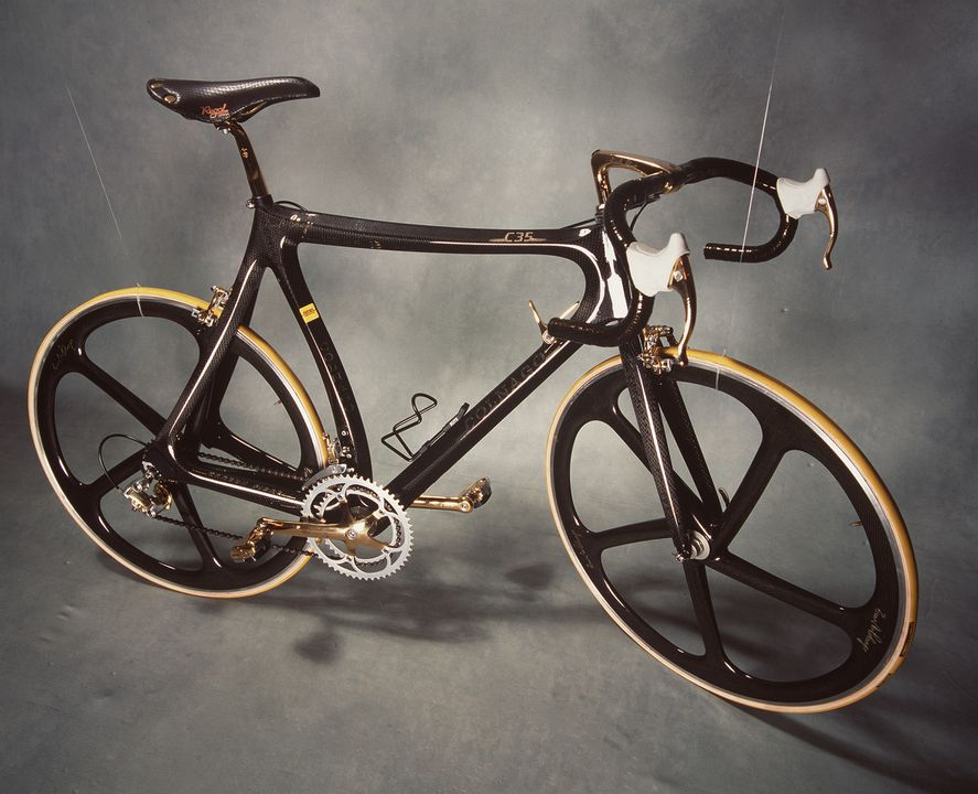 96/9/1 Bicycle, road/racing, Colnago C35, carbon fibre/metal/rubber, Colnago, Italy, 1989. Click to enlarge.