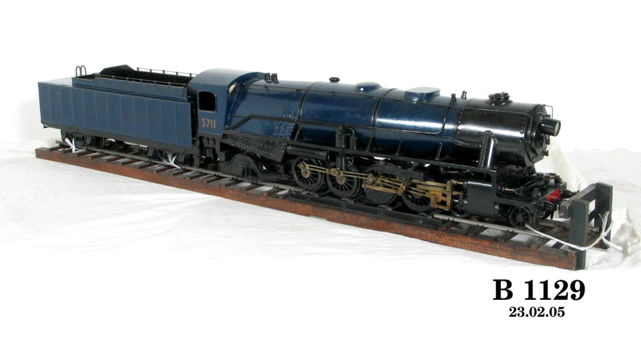 Steam locomotive working model, representing New South Wales ...