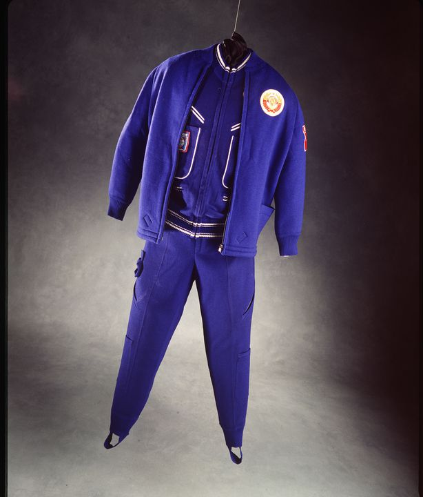 94/65/2 Flight suit, Soyuz 27, wool/polyester, [Moscow], USSR, [1977]. Click to enlarge.