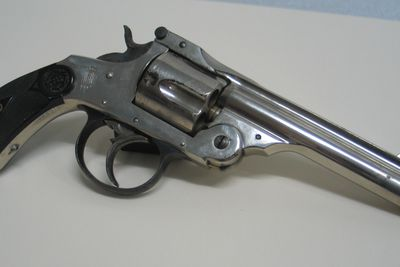 H8973 Revolver with holster, Orbea Hermanos (Orbea Brothers), Eibar, Spain, 1914-1918