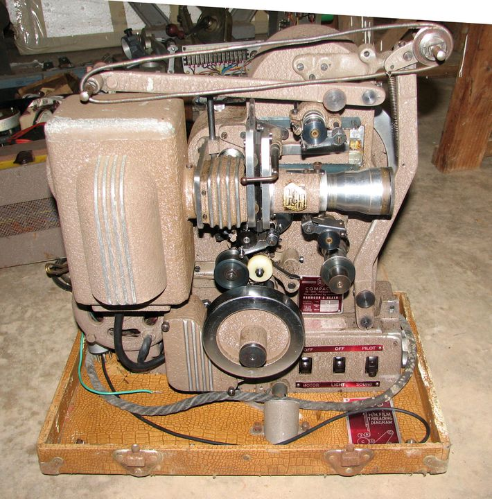 2007/191/4 Motion picture projector and audio amplifier, 'Compacta' 16mm, metal / rubber / wood, made by Harmour & Heath, North Sydney, New South Wales, Australia, c. 1950. Click to enlarge.