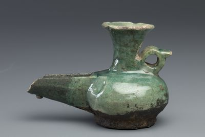 76A Islamic oil lamp, green glazed pottery, ceramic, maker unknown, Egypt, 8th or 9th century CE