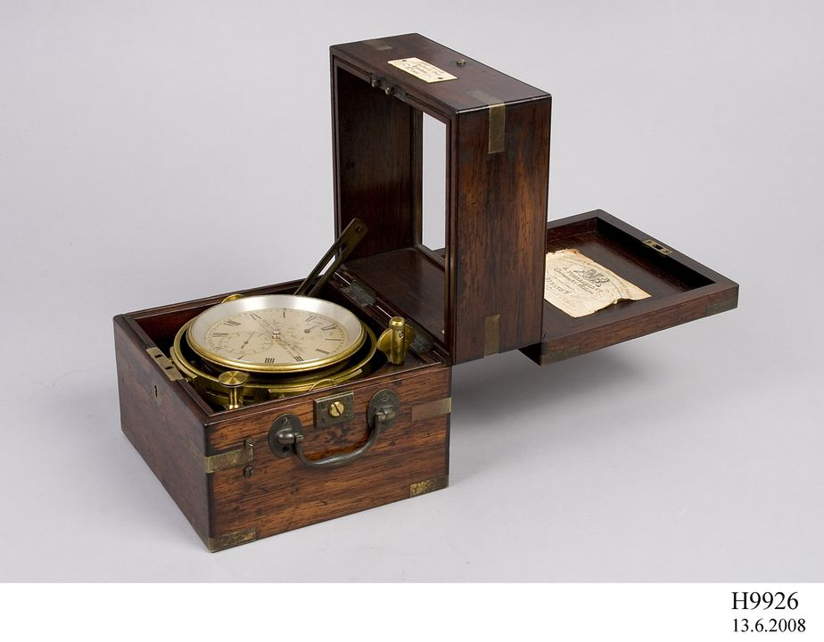 H9926 Box chronometer, No. 3856, wood / metal / glass, manufactured by John Poole, London, England, 1865-1867, used at Sydney Observatory, Observatory Hill, Sydney, New South Wales, Australia. Click to enlarge.