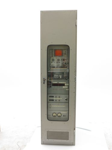 H9898 Atomic clock time signal system, metal / plastic / glass, used at Sydney Observatory, made by Hewlett Packard / Yaesu / B.W.D / Laboratory Electronics, made in USA / Japan / Australia, 1970-83