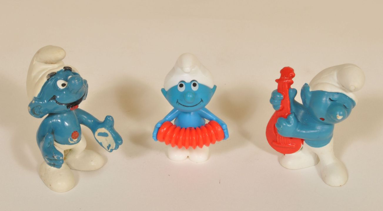 2013/120/271 Toy figurines (56), Smurfs, various makers, 1970-1990. Click to enlarge.