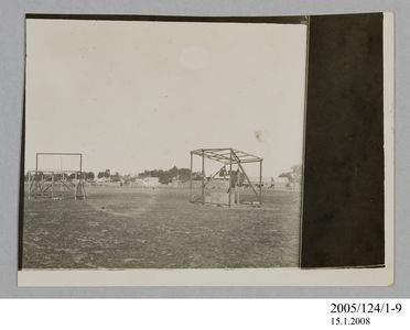 2005/124/1-9 Photograph, part of collection owned by James Short, black and white, building frames at Goondiwindi, paper, photographer unknown, Goondiwindi, Queensland, Australia, 1922