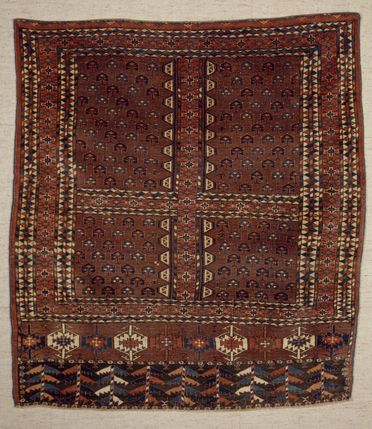 2015/26/10 Tent door cover (engsi), symmetrically knotted, wool, made by Yomut Turkmen women, Turkmenistan or north eastern Iran, late 1800s