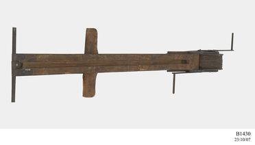 B1430 Kite winder, wood / metal, made by Lawrence Hargrave, Stanwell Park, New South Wales, Australia, [1893]