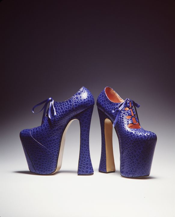 97/208/1 Shoes (pair), for Autumn / Winter 'Anglomania' collection, 'Super Elevated Gillie', womens, leather / cork / silk, designed by Vivienne Westwood, London, England, 1993-1994. Click to enlarge.
