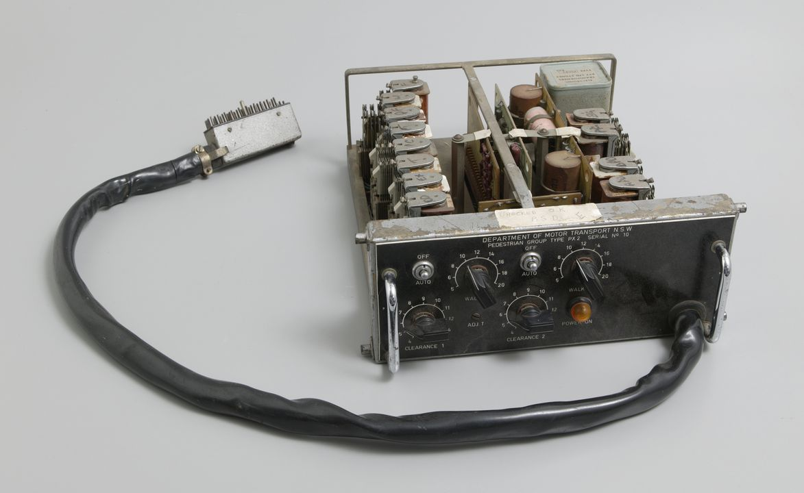 2002/116/1 Control unit, Pedestrian Group Type PX-2, metal / plastic / electronic components, made by the Department of Motor Transport, New South Wales, Australia, 1967. Click to enlarge.