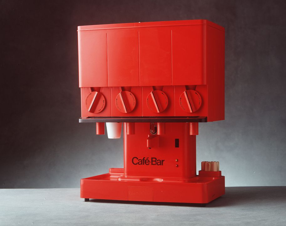 90/1049 Beverage dispensing machine, 'Cafe-Bar Compact', metal / plastic, designed by Nielsen Design Associates, 1970-1972, made and distributed by Cafe-Bar International, Sydney, New South Wales, Australia, 1977-1980. Click to enlarge.