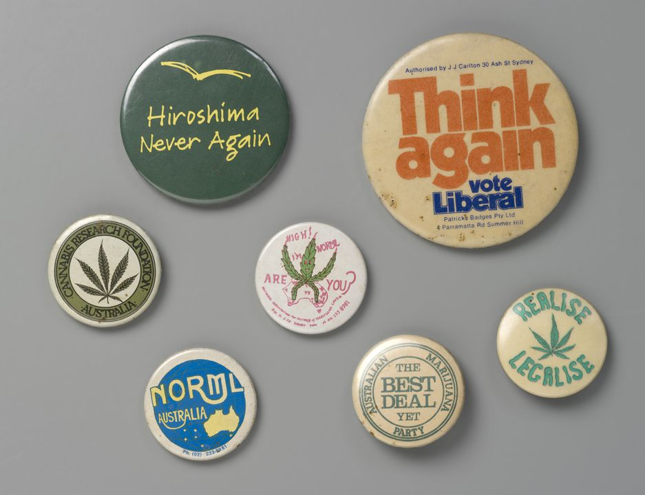 2007/176/1 Protest badges (7), metal / plastic / paper, various makers, Australia, 1970-1990. Click to enlarge.