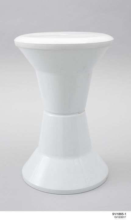 91/1865 Stool, bathroom, 'Utility', polypropylene, designed by Charles Rothauser and Bruce Thompson, 1967, made by Caroma Sales Pty Ltd, Adelaide, South Australia, 1990. Click to enlarge.